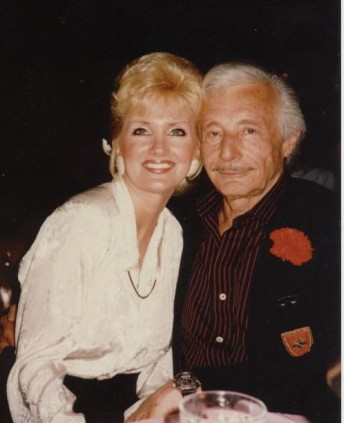 Oleg Cassini & Kelly